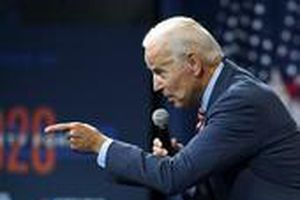 Cựu Phó Tổng thống Mỹ Biden kêu gọi luận tội ông Trump
