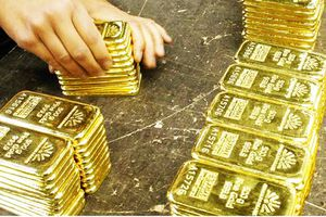 Giá vàng tiếp tục tăng mạnh, đàm phán thương mại Mỹ - Trung không như mong đợi
