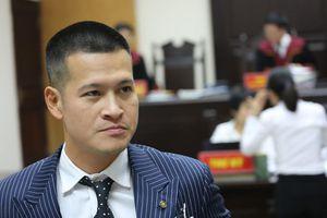 Hoãn phiên xử phúc thẩm vụ kiện tranh chấp vở diễn thực cảnh 'Ngày xưa'