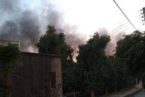 Thổ Nhĩ Kỳ không kích căn cứ người Kurd, thị trấn Syria tan hoang