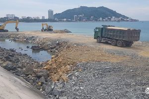 TP Vũng Tàu: Lấn biển xây thủy cung, nhà hàng... dân bức xúc