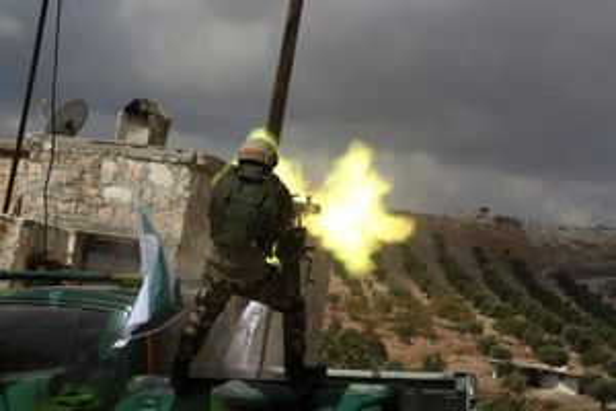 Binh sĩ Thổ Nhĩ Kỳ và các tay súng người Kurd giao tranh dữ dội tại Qamishli