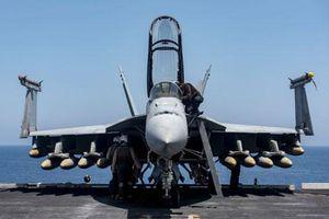 Siêu tàu sân bay Mỹ bất ngờ xuất hiện tại biển Đông