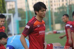 Đội hình chính thức Việt Nam vs Malaysia: Công Phượng đá cắm