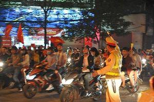 Huy động 100% lực lượng CSGT chống đua xe, đốt pháo sáng trong trận Việt Nam - Malaysia