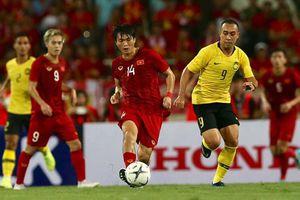 Tuấn Anh chấn thương, HLV Park Hang Seo lo sốt vó