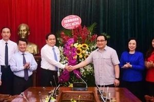 Hà Nội xứng danh 'Thủ đô anh hùng, Thành phố vì hòa bình'
