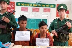 Hai đối tượng 10X người Lào vận chuyển 100 ngàn viên ma túy tổng hợp
