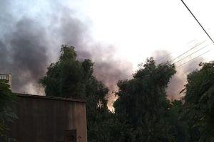 Thị trấn Syria khói đen ngút trời sau đợt không kích của Thổ Nhĩ Kỳ