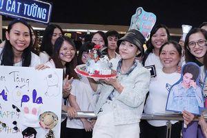 Fan mừng sinh nhật muộn, tiễn Vũ Cát Tường sang Hàn Quốc dự 'Asia Song Festival 2019'
