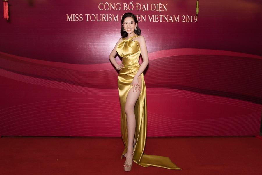 Á khôi đại diện Việt Nam tham dự Miss Tourism Queen Worldwide