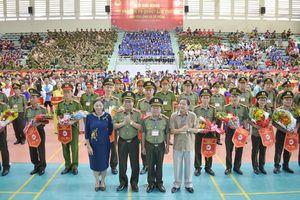 1.000 CBCS dự đại hội khỏe 'vì an ninh tổ quốc' lần thứ VIII