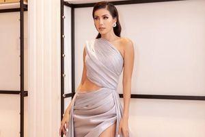 Minh Tú diện váy cắt xẻ táo bạo vẫn khoe thần thái siêu mẫu đỉnh cao