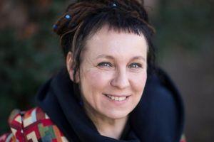 Chân dung người phụ nữ thứ 15 thắng giải Nobel Văn học