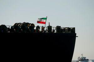 Tàu dầu Iran bị tấn công: Ai là người đứng sau?
