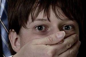 Tạm giữ hai thanh niên bắt cóc bé trai 3 tuổi để đòi nợ