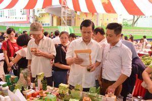 Khai mạc tuần lễ trưng bày, giới thiệu nông sản an toàn khu vực phía Bắc