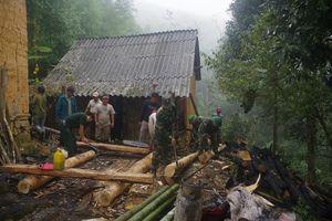Đồn Biên phòng Y Tý (Lào Cai) giúp dân khắc phục hỏa hoạn