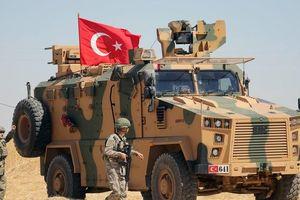 Chiến sự ở Syria 'sôi sùng sục', Mỹ dọa lập tức tấn công đáp trả quân đội Thổ Nhĩ Kỳ