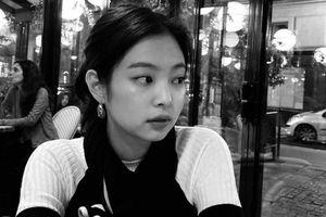 Jennie lại bị chỉ trích đăng ảnh lên Instagram giữa tâm bão scandal đi trễ của BlackPink