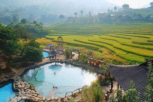 Được ví như 'tiểu Bali', suối nước nóng Yên Bái có gì hút giới trẻ