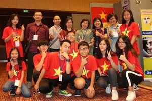 Học sinh Việt Nam thắng lớn tại cuộc thi Nhà phát minh trẻ quốc tế