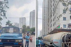 Người dân HH Linh Đàm được 'giải khát' nhờ mua 2 xe téc nước