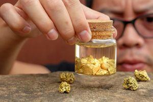 Giá vàng SJC giảm 350 nghìn đồng/lượng, rơi xuống mức thấp