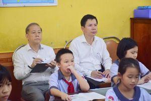 Chủ tịch tỉnh đi dự giờ giáo viên đột xuất- câu chuyện đẹp giữa đời thường