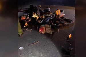 Hai xe máy đâm nhau trực diện, 4 người tử vong