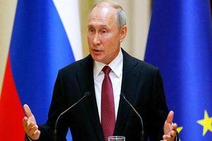 Ông Putin đến Saudi thảo luận về giá dầu và tình hình Syria