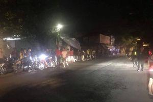 Nam thanh niên chém 2 người thương vong ở Hà Nội