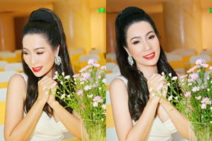 Trịnh Kim Chi, Hồ Lệ Thu sexy khó phân thắng bại dù đã gần 50 tuổi