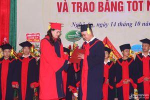 Trường Đại học Sư phạm Kỹ thuật Vinh chào đón hơn 1.600 tân sinh viên