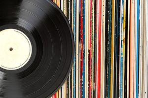 Vinyl và CD được chứng minh vẫn 'sống khỏe'