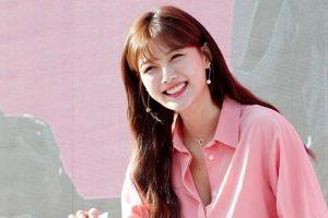 'Sao nhí' Kim Yoo Jung khoe nụ cười rạng rỡ cùng nhan sắc đẹp không tì vết