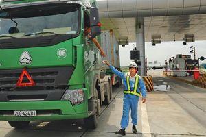 Lãng phí cân tải trọng xe trên cao tốc