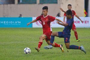 CĐV Thái Lan: 'Thật sai lầm khi mời Việt Nam thi đấu giao hữu'