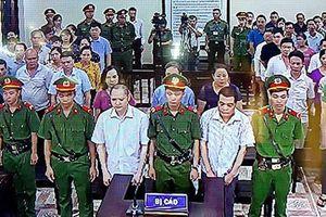 Mở lại phiên tòa xét xử vụ gian lận điểm thi ở Hà Giang trong hôm nay (14/10)