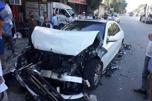 Siêu xe Mercedes S450 tai nạn nát đầu: Hãng cắt bỏ CPA plus hay Cục Đăng kiểm không cấp phép?