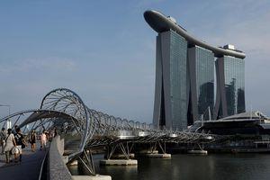 Singapore quyết định nới lỏng chính sách tiền tệ