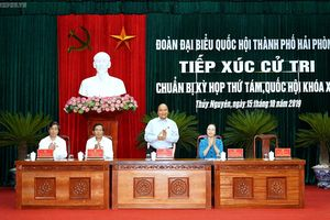 Thủ tướng tiếp xúc cử tri trước kỳ họp Quốc hội