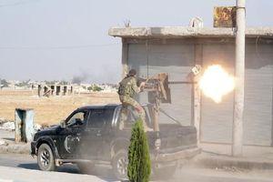 Cận cảnh quân TNK đánh người Kurd trên chiến trường Syria