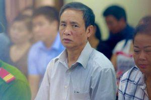 Phó giíam đốc sở GD-ĐT Hà Giang nhờ nâng điểm cho con trai học trường chuyên thế nào?