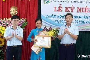 Hà Tĩnh: Khen thưởng nữ lao công nghèo trả lại 20 triệu cho người đánh rơi