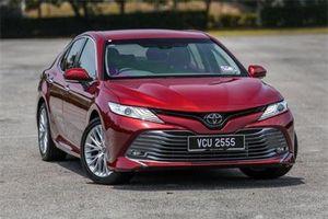 Toyota Camry 2019 'đè bẹp' Mazda 6, Kia Optima trong tháng 9/2019