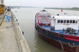 Hàng loạt cảng container đường thủy 'đói' hàng