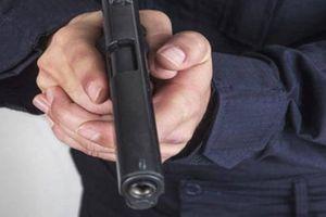 Vì sao Phó công an xã rút súng chĩa vào người dân ở Quảng Nam?