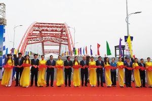 Thủ tướng Nguyễn Xuân Phúc dự lễ thông xe kỹ thuật công trình cầu Hoàng Văn Thụ - Hải Phòng