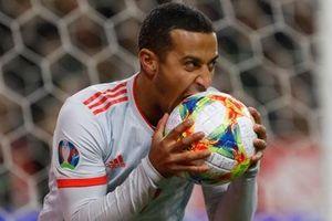 Nhờ khoảnh khắc tỏa sáng này ở phút bù giờ, tuyển Tây Ban Nha thoát thua và chính thức có mặt ở VCK Euro 2020